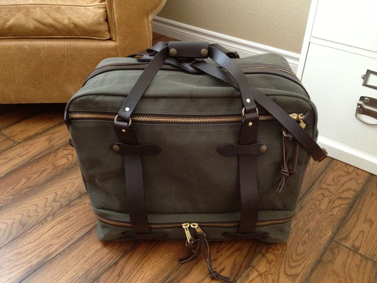 118a50bd45 First Look  Filson Outfitter Bag 238